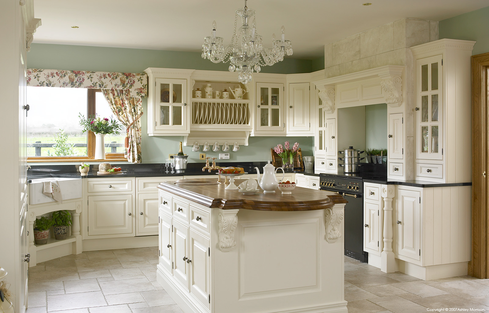 Kitchen by O'Donnell Kitchens / O&S doors Ltd in Dungannon.